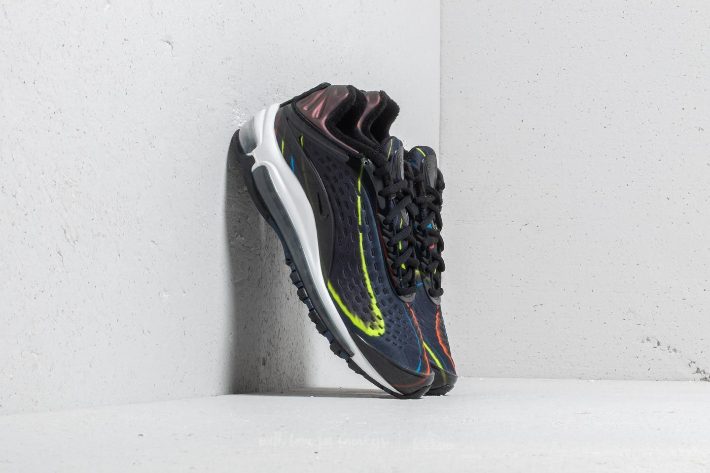 wholesale dealer f1412 a56f6 Nike Wmns Air Max Deluxe Black  Black-Midnight Navy at a great price £