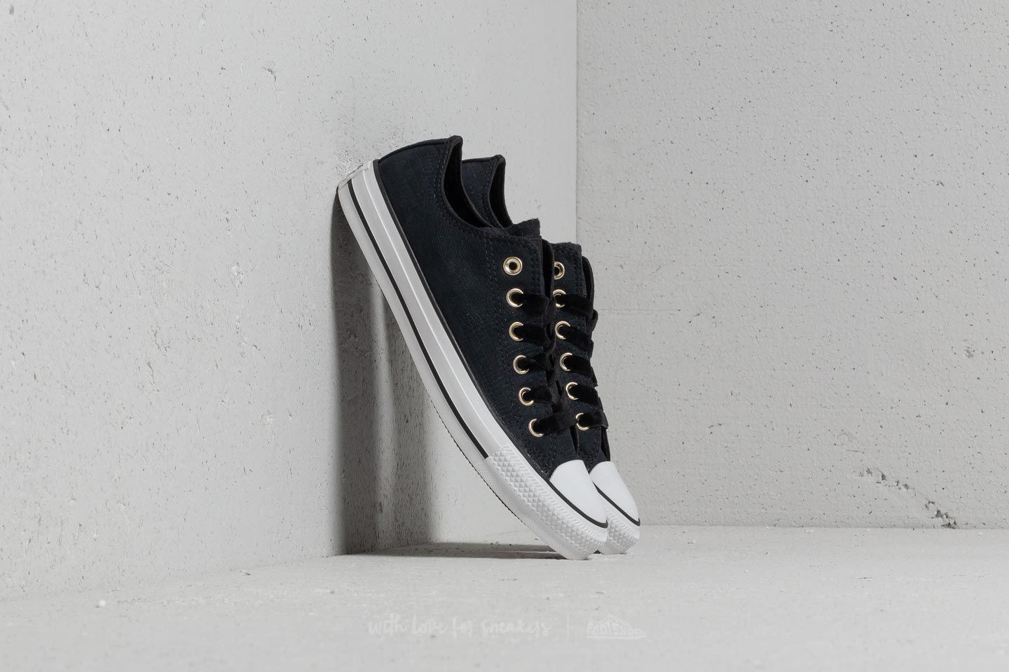 229f3a581c3271 Converse Chuck Taylor All Star OX Black  Black  White at a great price 59