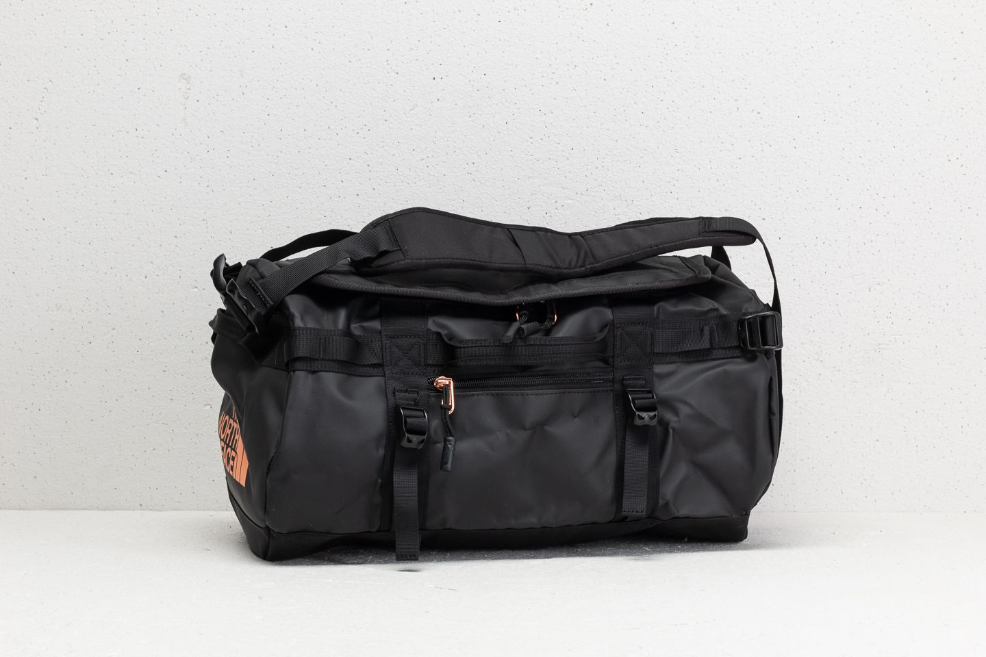 80cba6815 The North Face Base Camp Extra Small Duffel Tfn Black/ Metallic ...