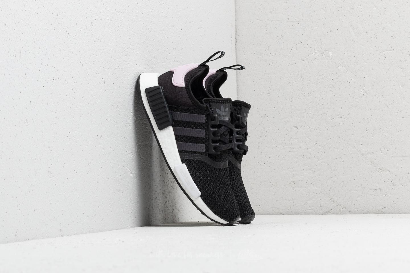 0aad4f523 adidas NMD R1 W Core Black  Ftw White  Clear Pink