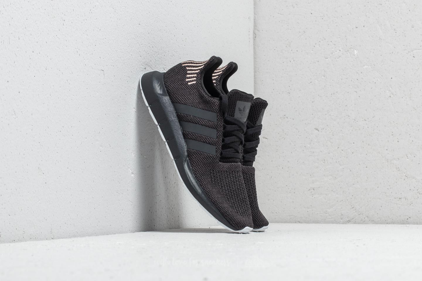 5a20ccc9d5b adidas Swift Run W Core Black  Carbon  Ftw White at a great price 90