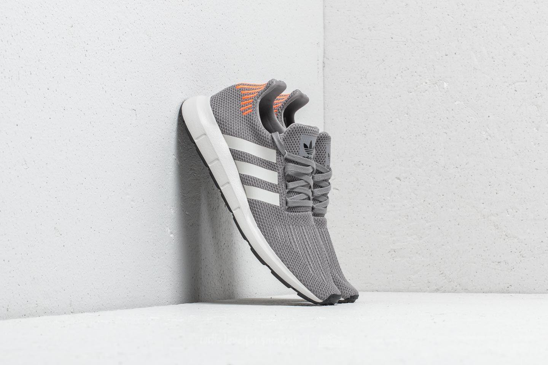 adidas Swift Run Grey/ Core Black/ Grey za skvělou cenu 1 790 Kč koupíte na Footshop.cz