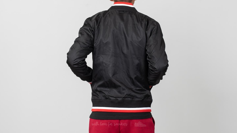 Bomber dzekik New Era Varsity Jacket Chicago Bulls Black Red
