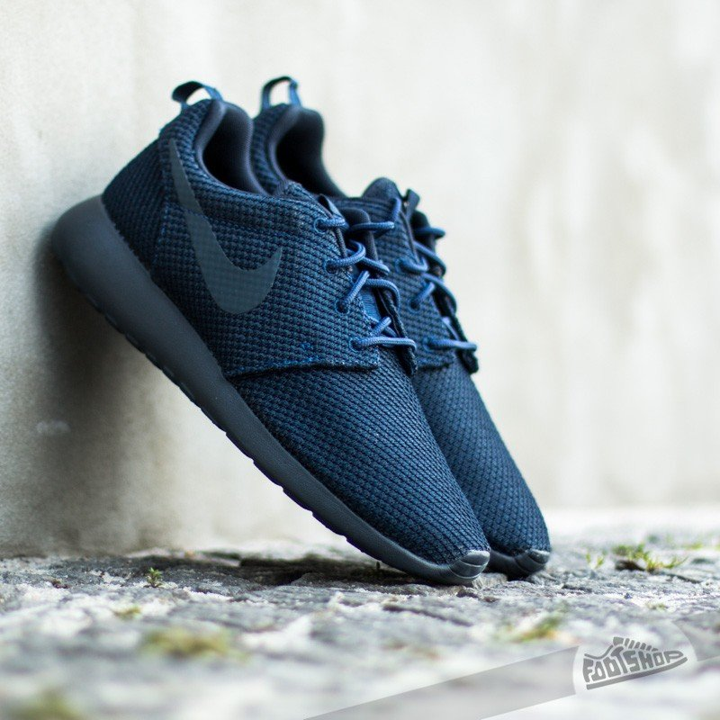 designer fashion 66c1a 1131a Nike Rosherun Midnight Navy | Footshop