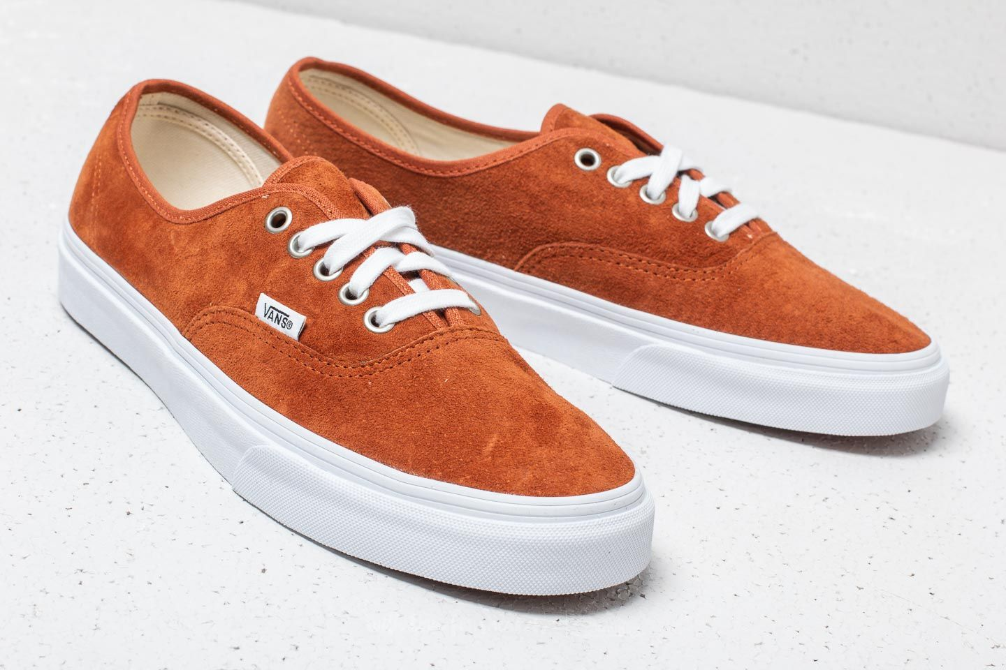 8c8ca05b4a5 Vans Authentic (Pig Suede) Leather Brown at a great price £41 buy at