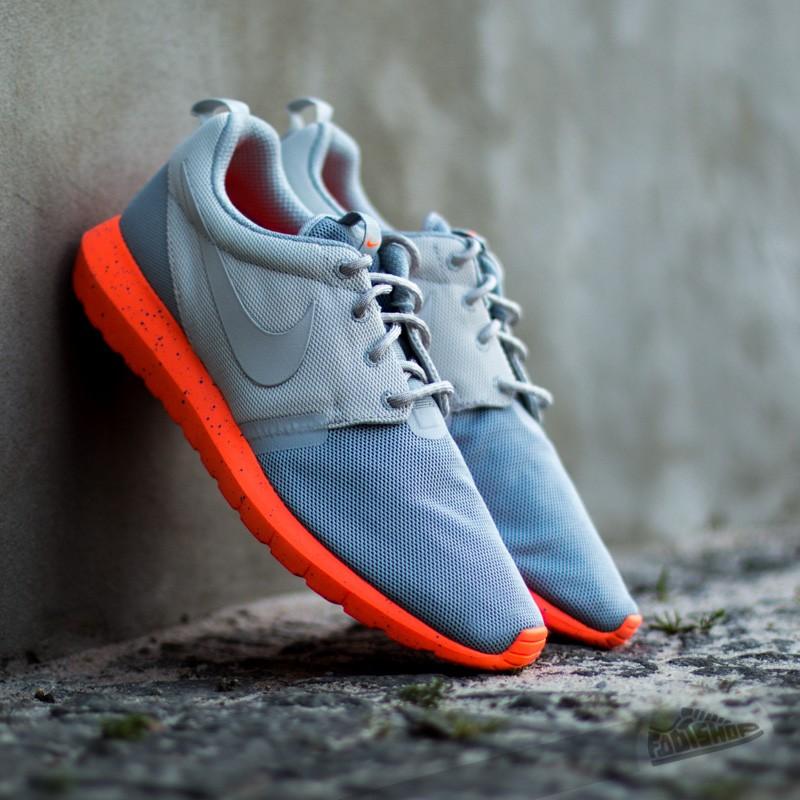 pretty nice aa48a 0108a Nike Rosherun NM BR. Light Ash GreyTotal Orange