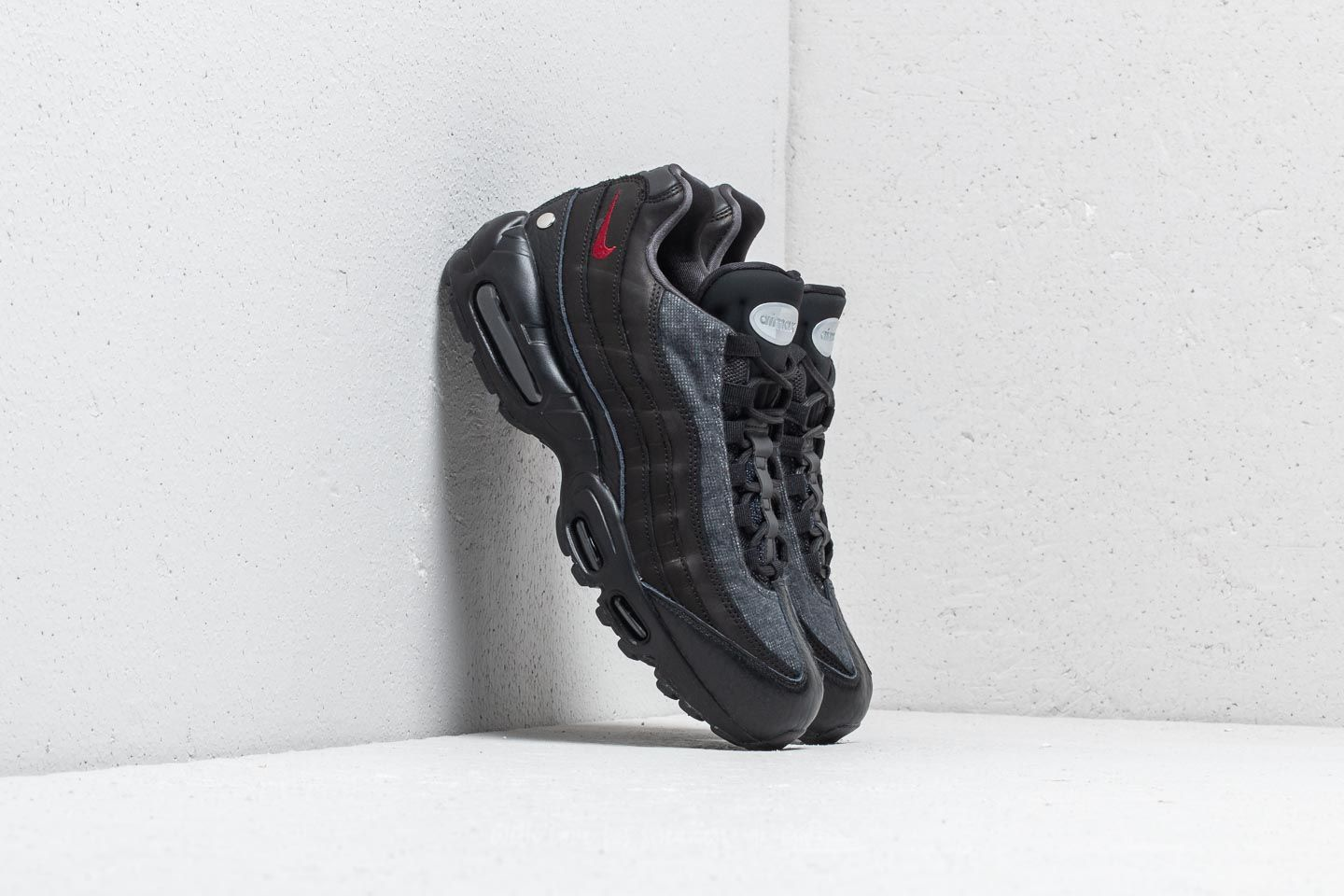 Nike Air Max 95 NRG Black  Team Red-Anthracite  cd9f00ca5e13
