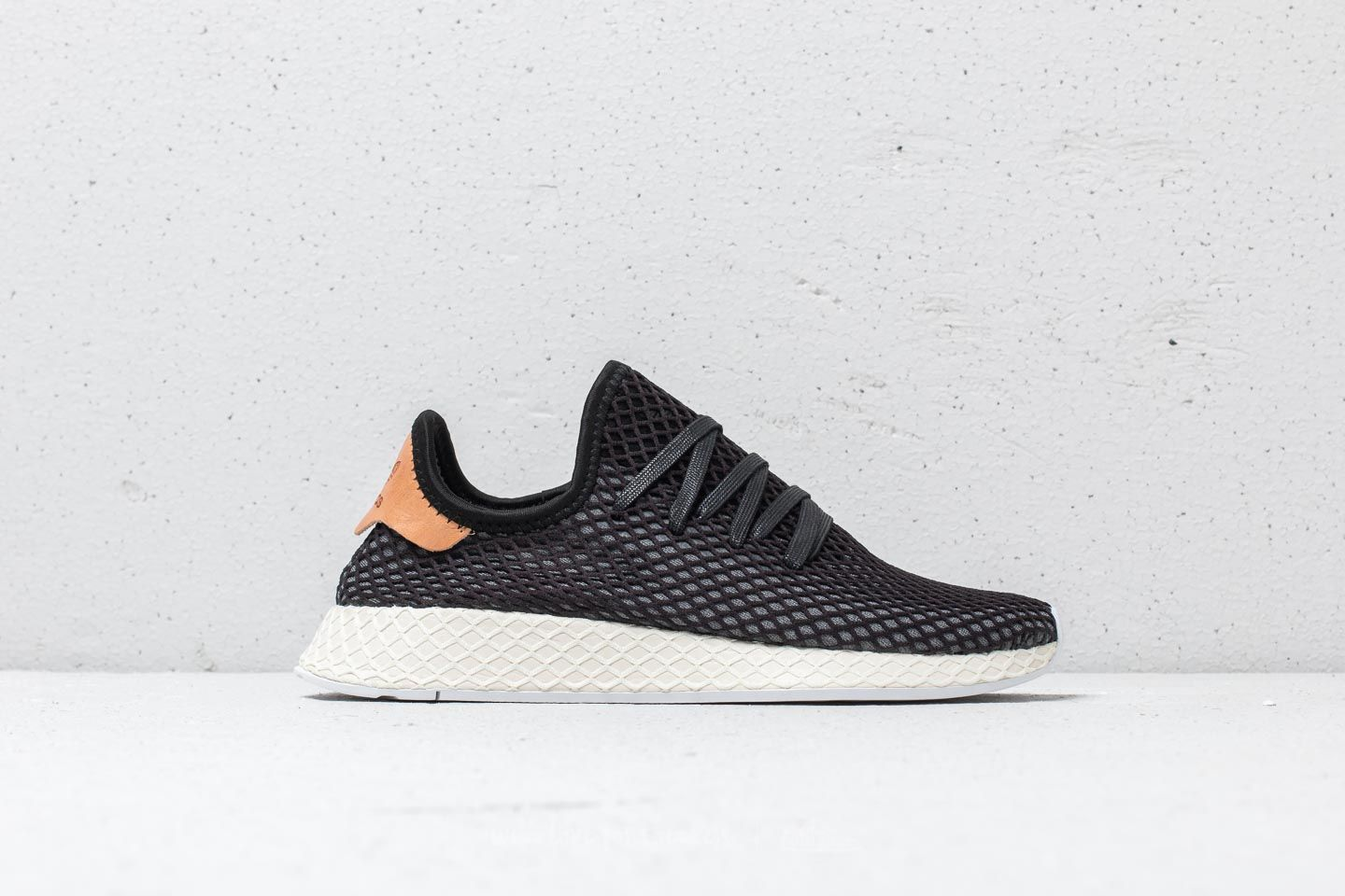 best sneakers 922b8 54f34 adidas Deerupt Runner Core Black Core Black Ash Pearl at a great price £