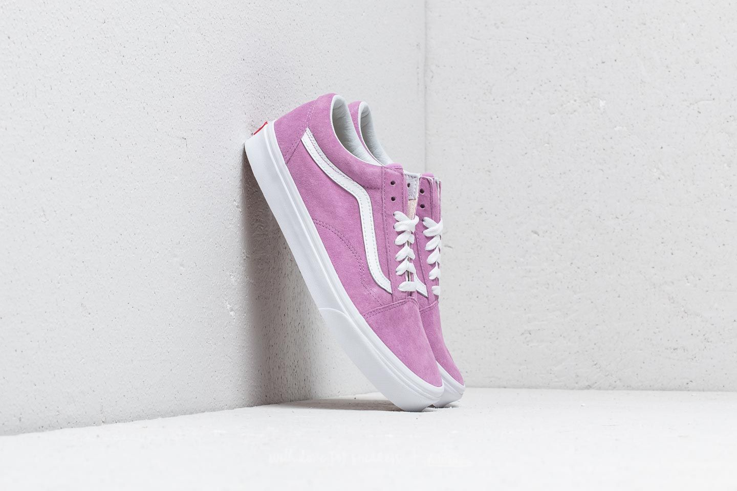 afa2a5b11dd4 Vans Old Skool (Pig Suede) Violet  True White at a great price 69