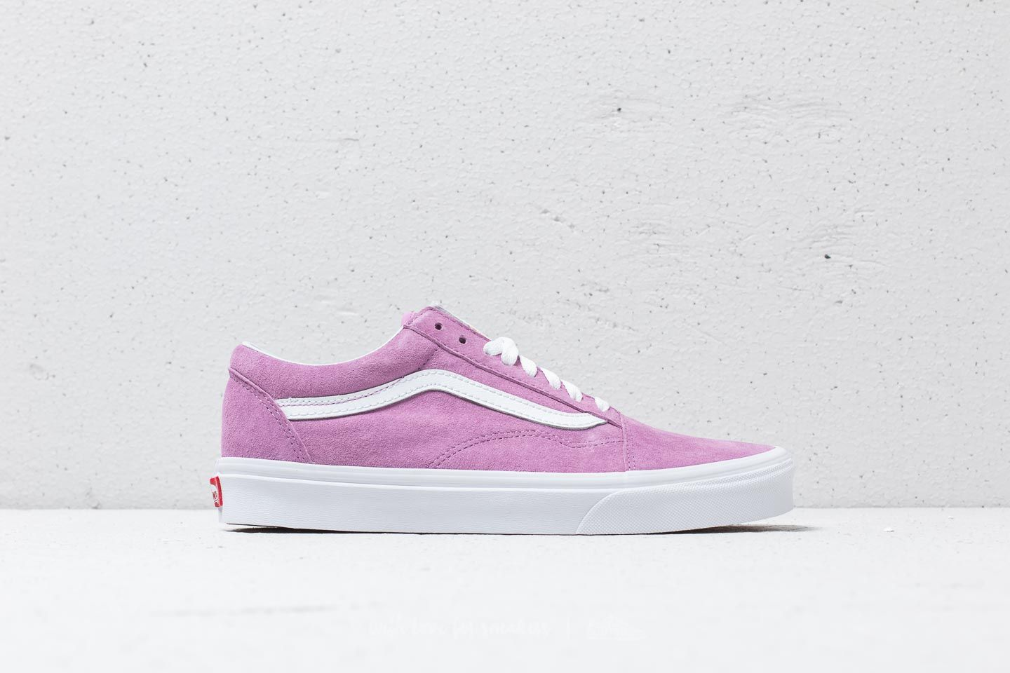 2ff41ec4f2 Vans Old Skool (Pig Suede) Violet  True White at a great price £