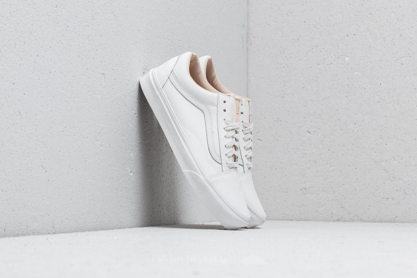 c5d6e6bfadc Vans Old Skool (Vansbuck) Blanc De Blanc at a great price 91 € buy