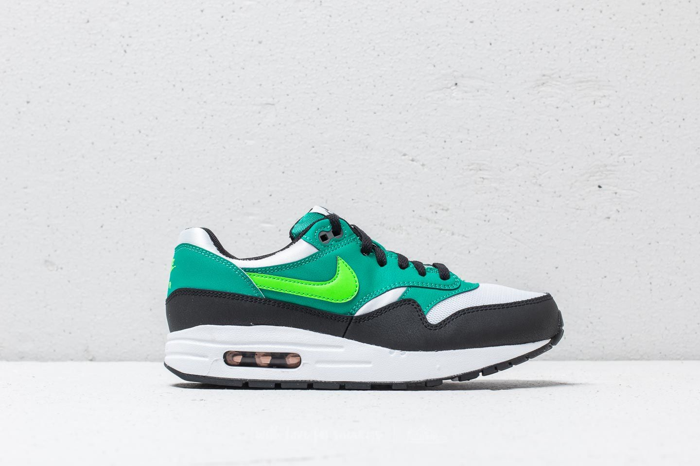 super popular 6ce72 196d9 Nike Air Max 1 (GS) White  Green Strike at a great price 99
