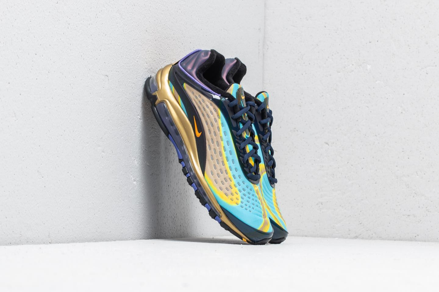 7c5a32bf3d4a Nike Air Max Deluxe Midnight Navy  Laser Orange at a great price 198 € buy