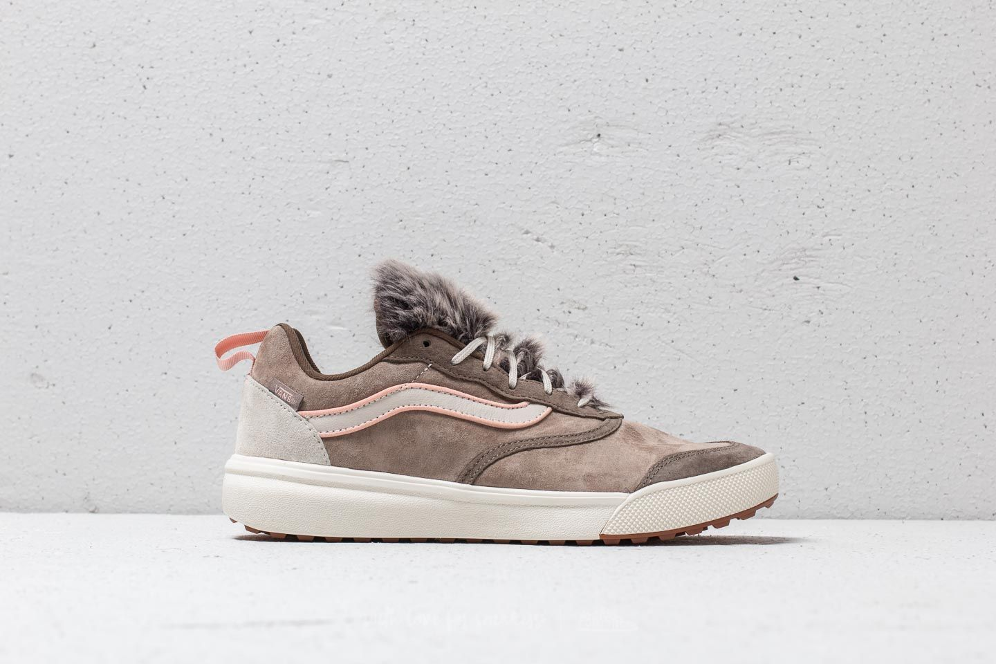 213c6647ba8 Vans UltraRange (Wolf Pack) Desert Taupe at a great price 71 € buy at