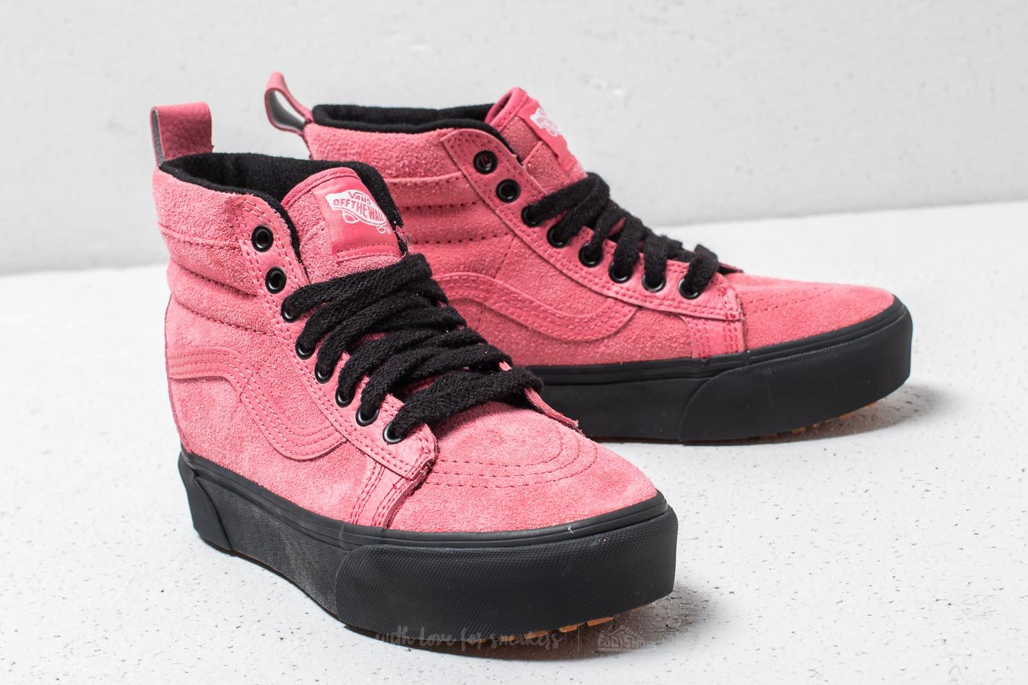 Vans SK8-Hi Platform MTE Desert Rose  Black at a great price £59 81553fdd0