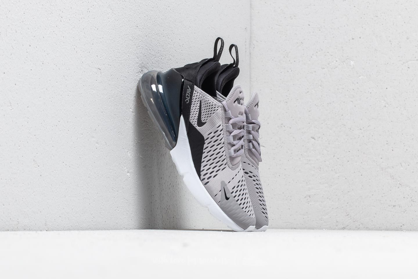 uk availability 9d727 0699b Nike Air Max 270 Wmns. Atmosphere Grey  ...