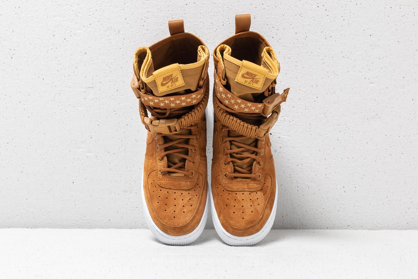 Alte Nike UomoDonna   WMNS SF Air Force 1 Muted Bronze