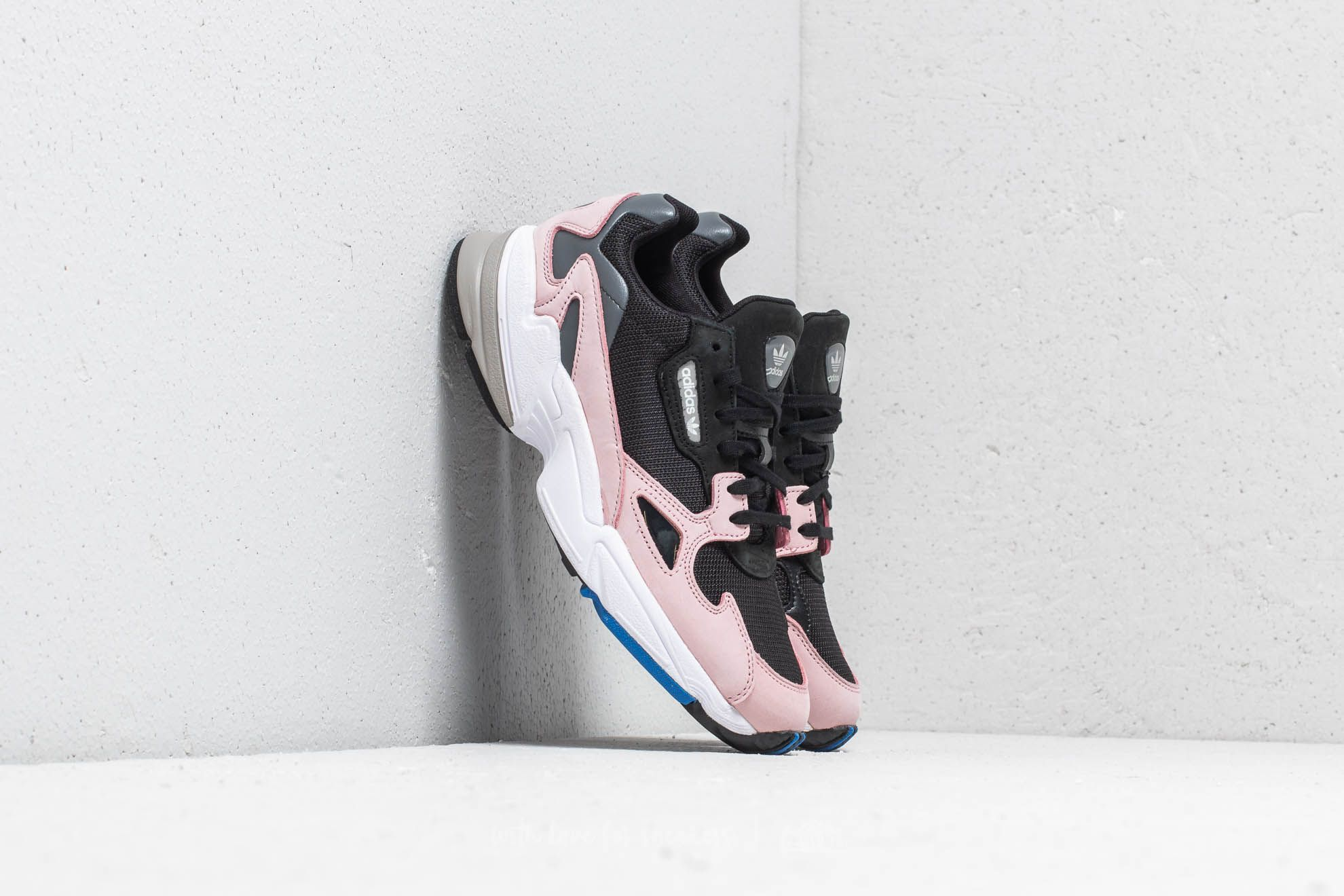 adidas Falcon W Core Black/ Core Black/ Light Pink