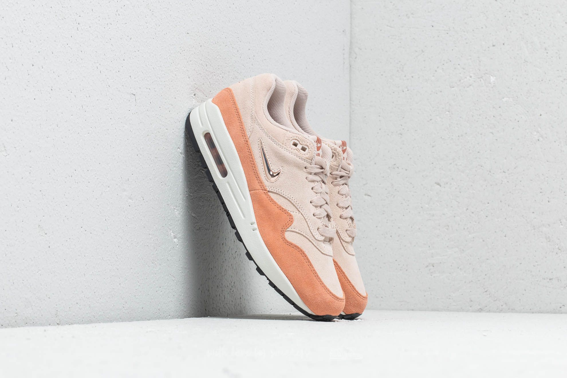 meet 7b886 025bb Nike W Air Max 1 Premium SC Guava Ice  Metallic Bronze at a great price