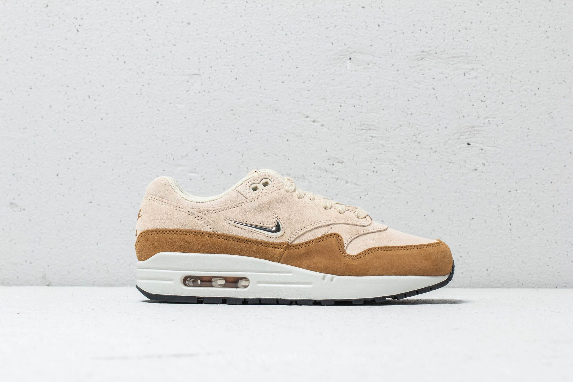 wholesale dealer abd2d e56d3 Nike Wmns Air Max 1 Premium SC Beach Metallic Gold Grain at a great price
