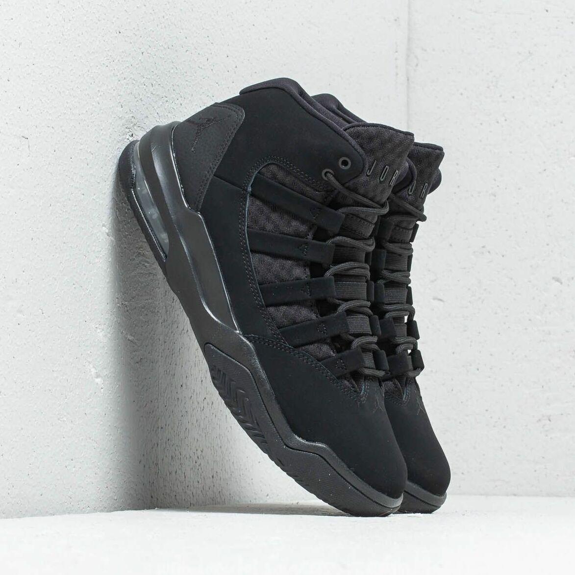 Jordan Max Aura Black/ Black EUR 47.5