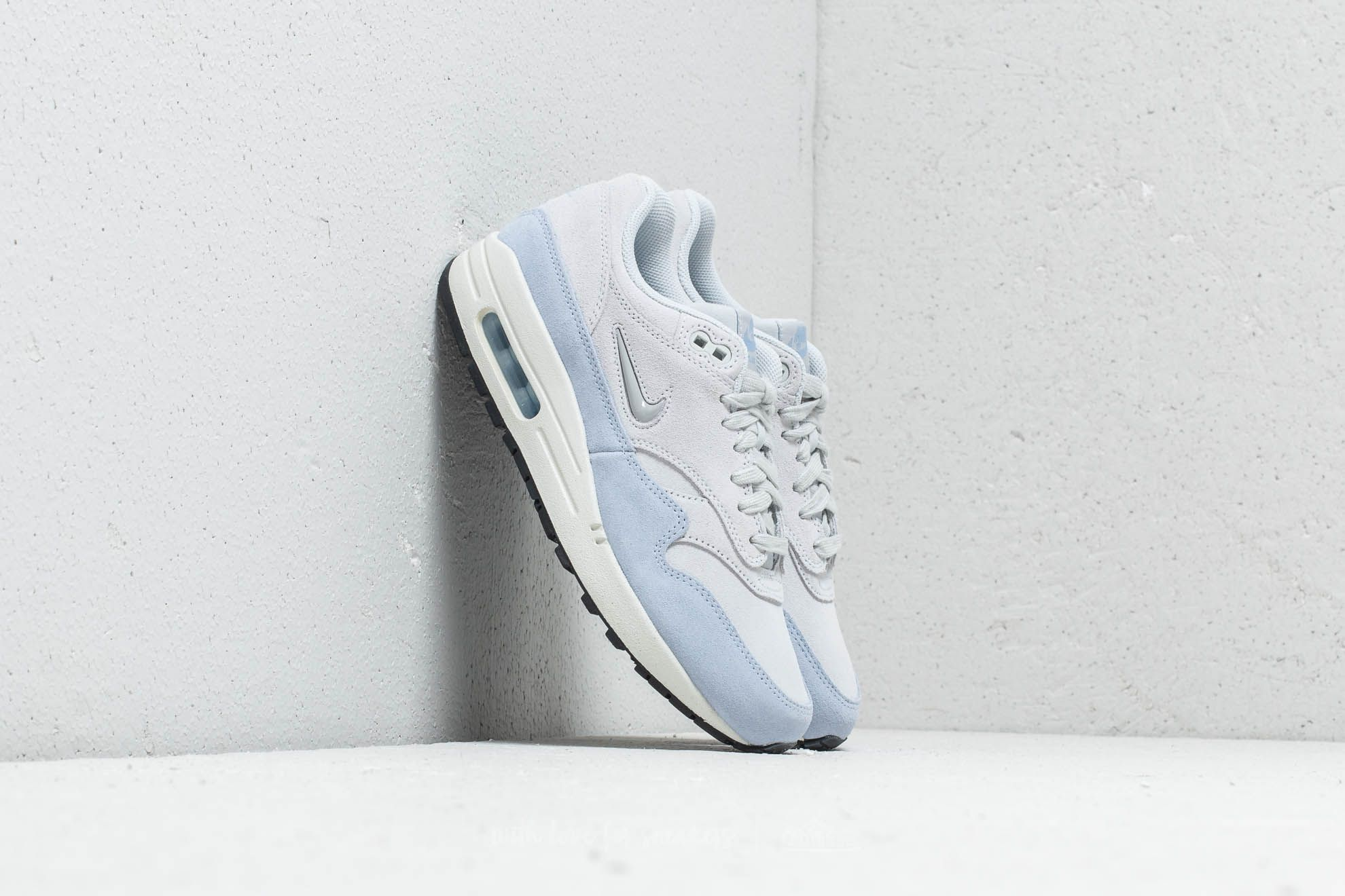 huge discount 77e29 d82cf Nike W Air Max 1 Premium SC Pure Platinum Metallic Platinum at a great  price