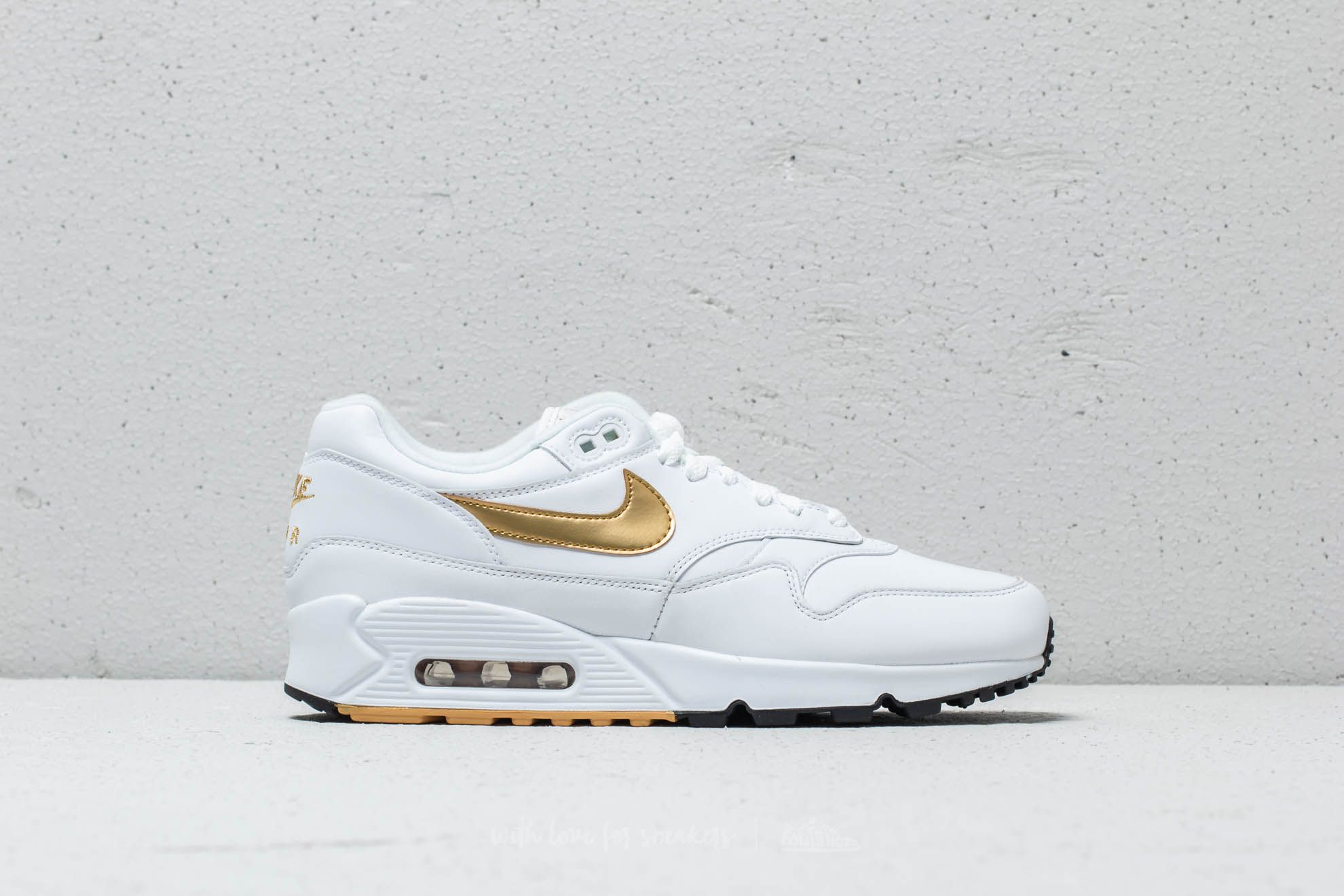 on sale 2c01a ad16b Nike Air Max 90 1 White Metallic Gold-Black at a great price