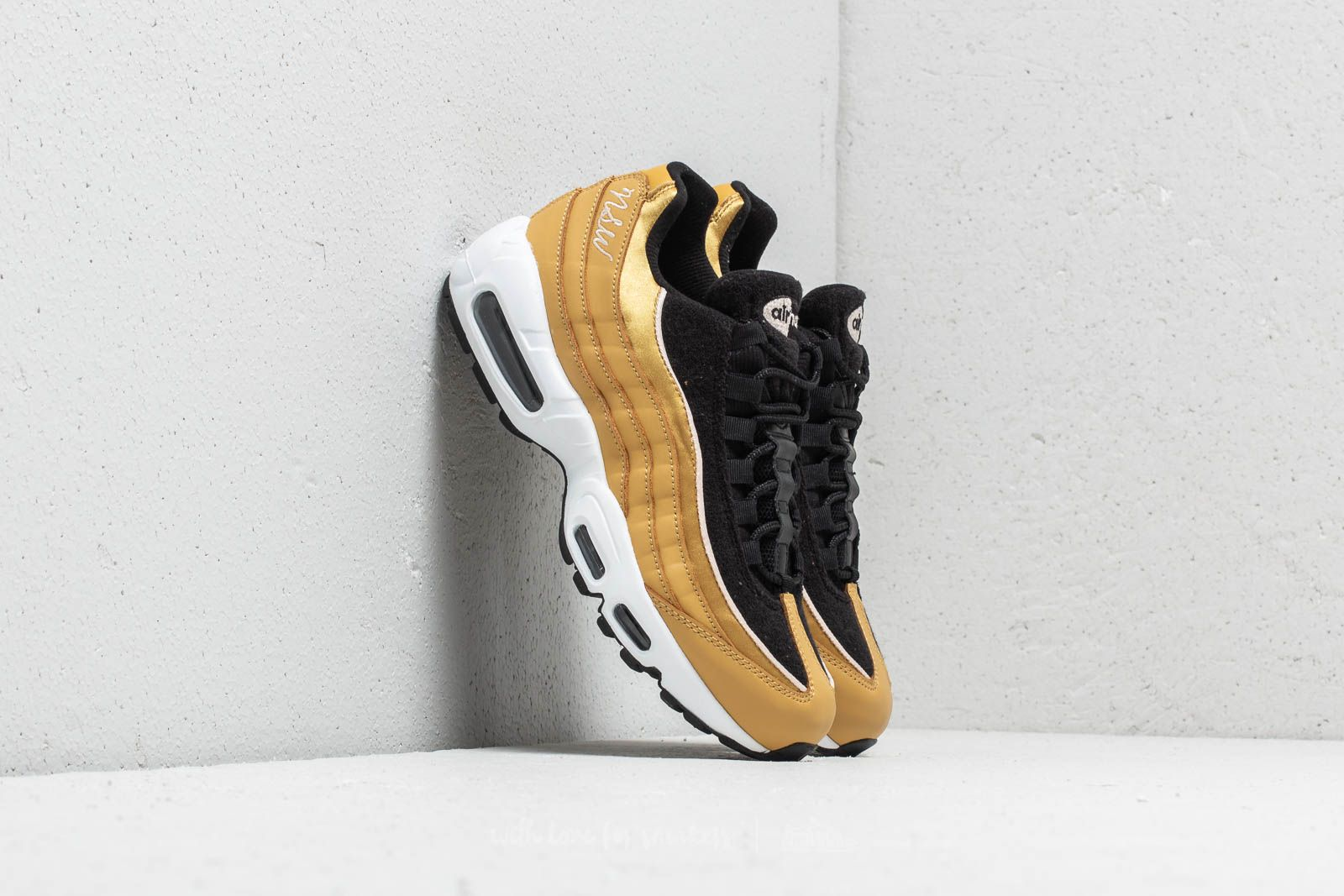 Nike WMNS Air Max 95 LX Wheat Gold  Wheat Gold-Black at a great 072d74874d