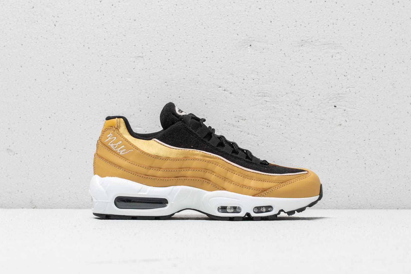 new products 562ce 267cb Nike WMNS Air Max 95 LX Wheat Gold Wheat Gold-Black at a great