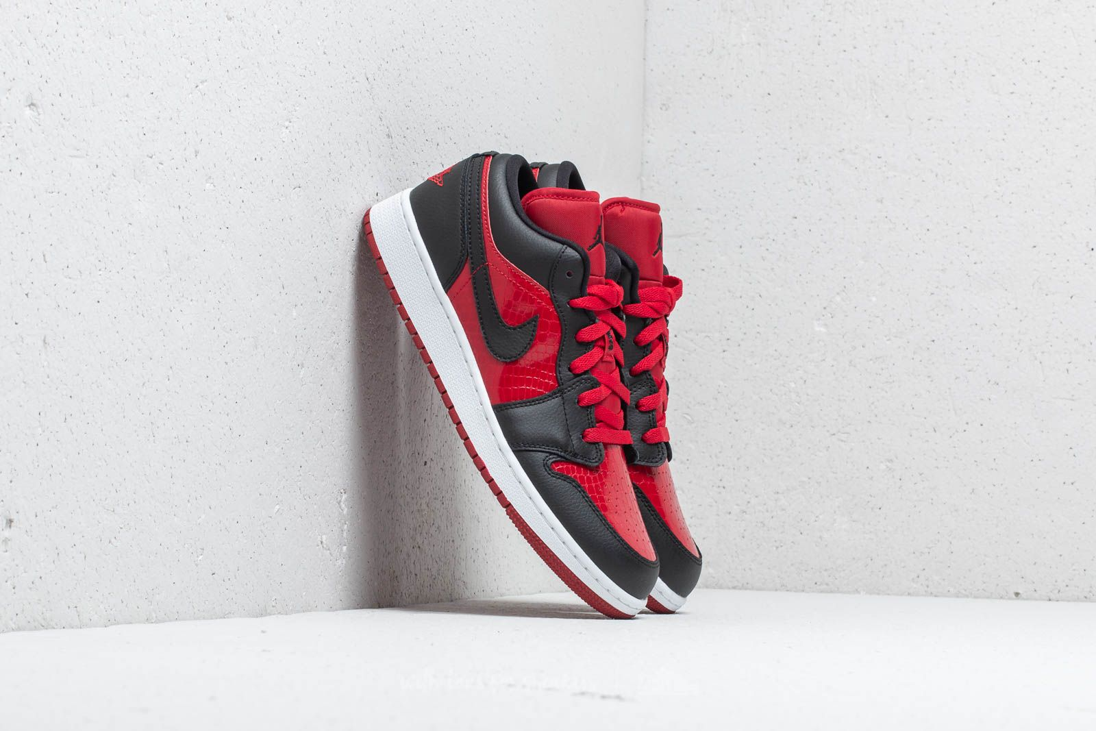 save off ef1f7 b8612 Air Jordan 1 Low (GS)