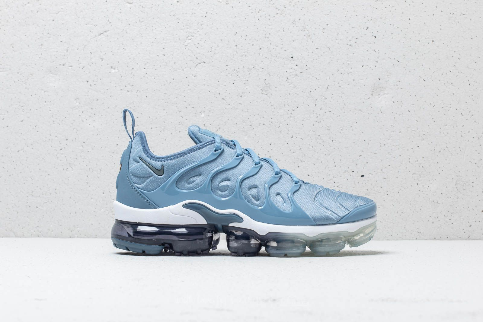 Nike Air Max Plus Decon WMNS Psychic Blue Release Date