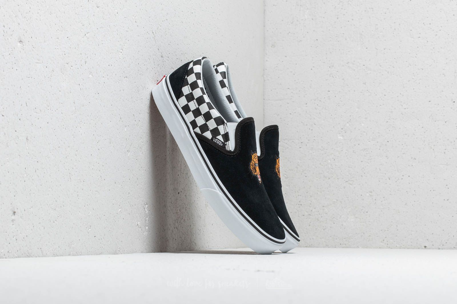 Vans Classic Slip-On (Tiger Check) Black/ True White at a great