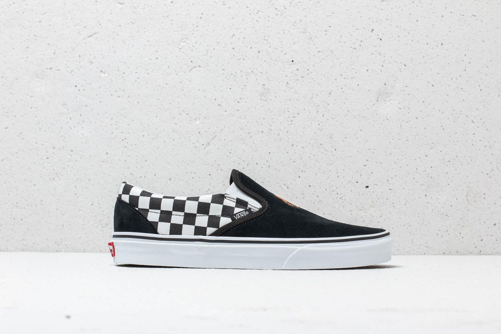 606dd4a0f9f5e6 Vans Classic Slip-On (Tiger Check) Black  True White at a great