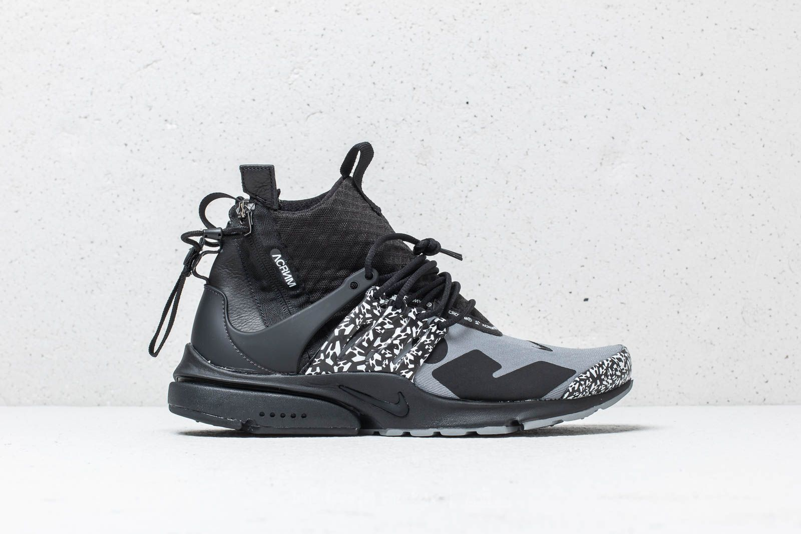 sports shoes b6b08 70242 Nike x Acronym Air Presto Mid Cool Grey Black at a great price 198 €