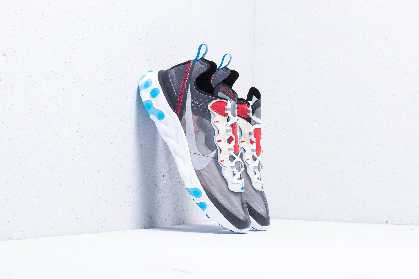 94ea676be7e8 Nike React Element 87 Dark Grey  Pure Platinum