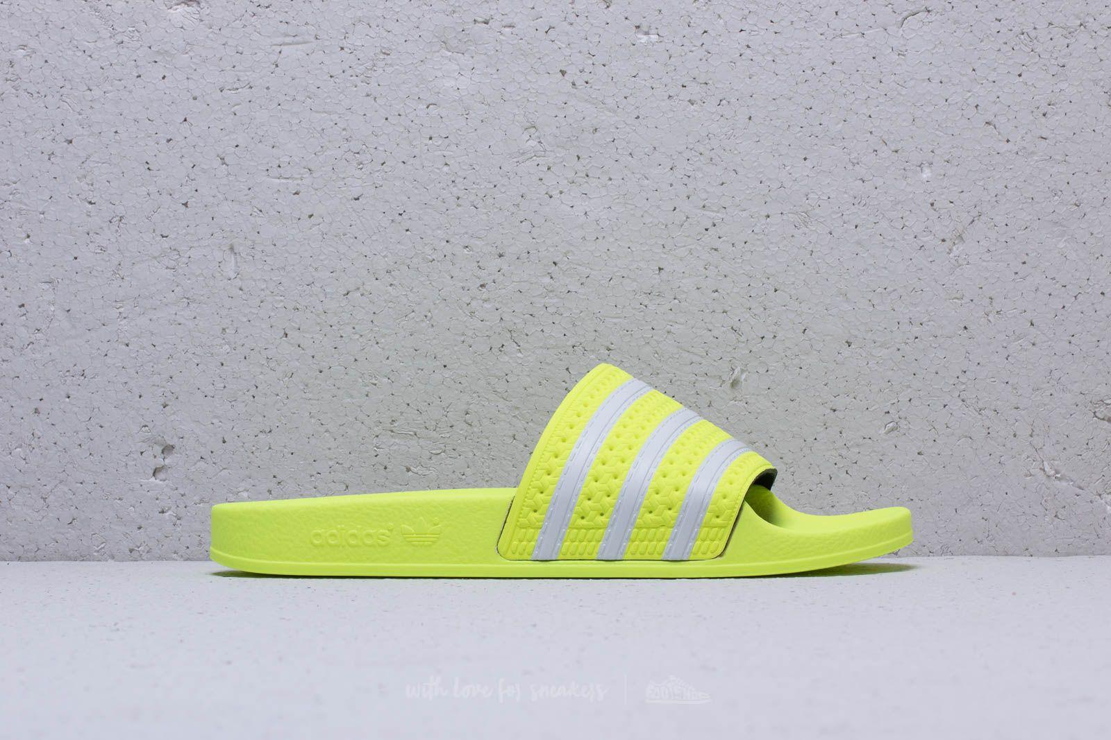 d4db4e90b9b9 adidas Adilette Semi Frozen Yellow  Ftw White  Semi Frozen Yellow at a great  price