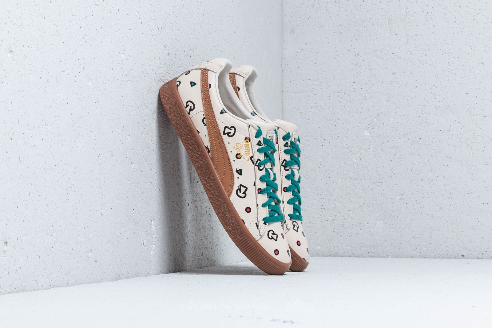 Puma x Tyakasha Clyde Graphic Birch at a great price 62 € buy at Footshop