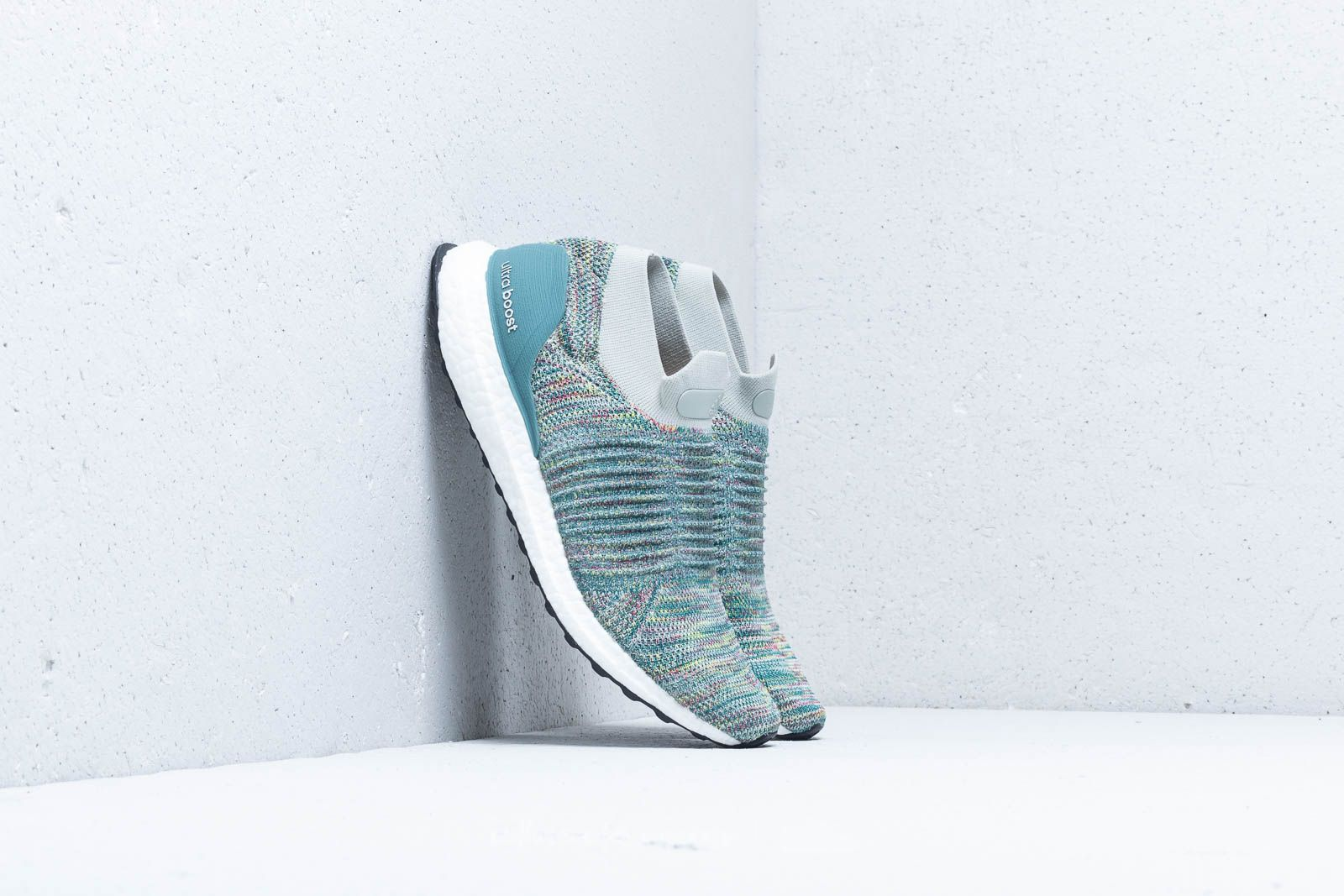Men's shoes adidas UltraBOOST Laceless