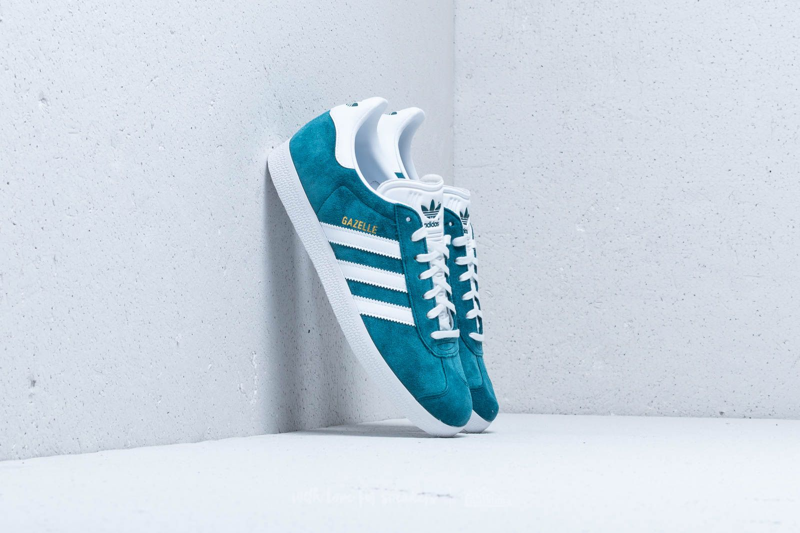 d899f76772f6 adidas Gazelle Petrol Night  Ftw White  Ftw White at a great price 67 €