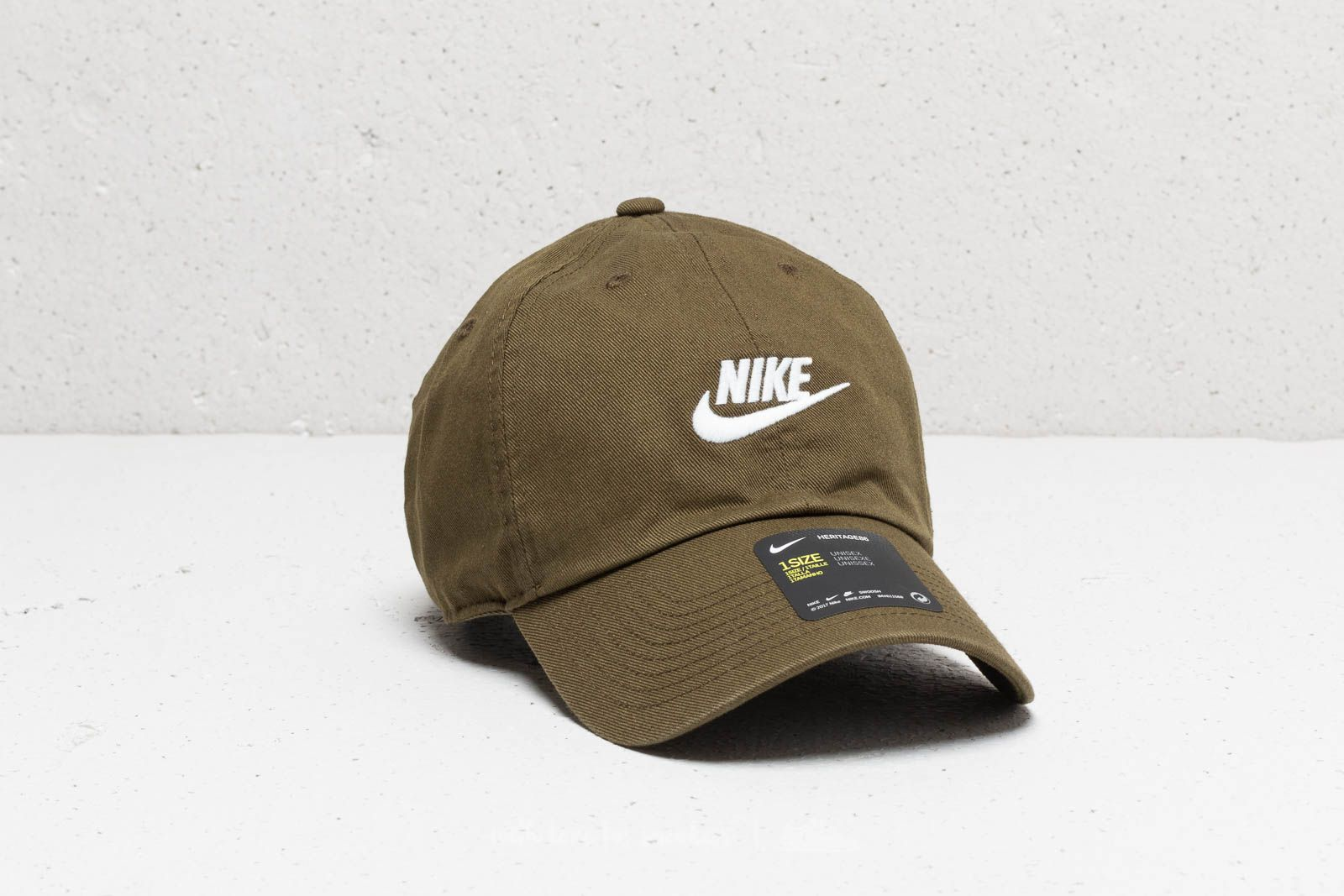 7c8181f324a Nike Sportswear Heritage 86 Washed Futura Cap Olive Canvas  White ...