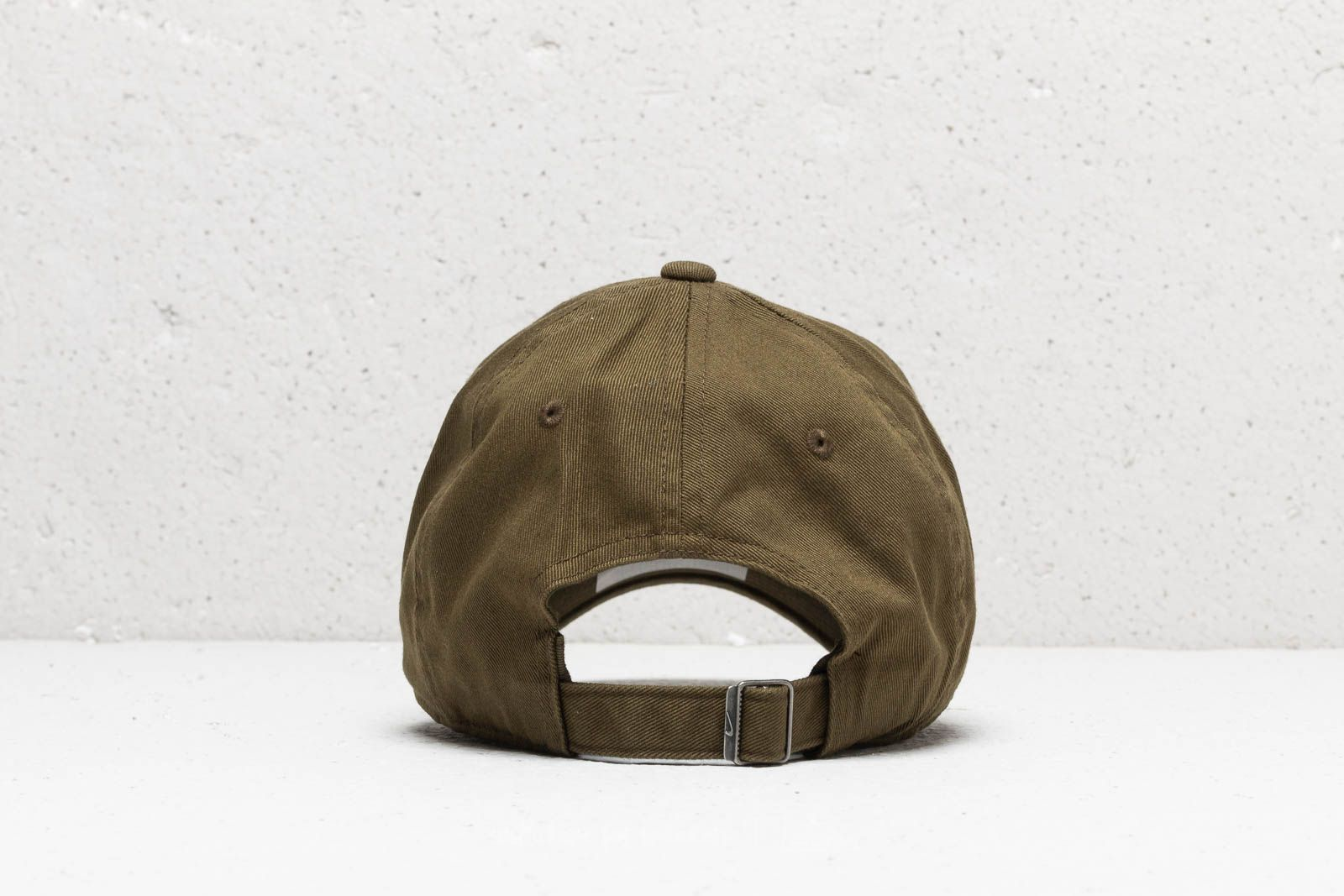 Nike Sportswear Heritage 86 Washed Futura Cap Olive Canvas  White at a  great price 22 45e7b1e53320