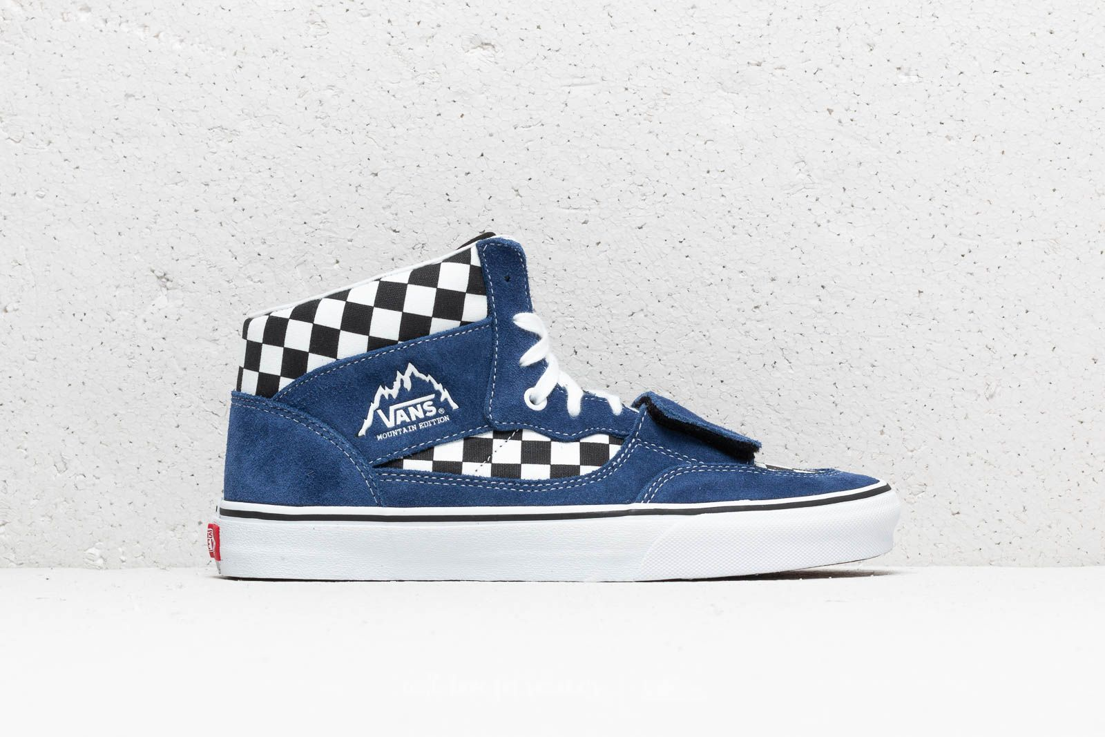 49f710fcee1ae5 Vans Mountain Edition (Checkerboard) Blue  Black at a great price 62 € buy