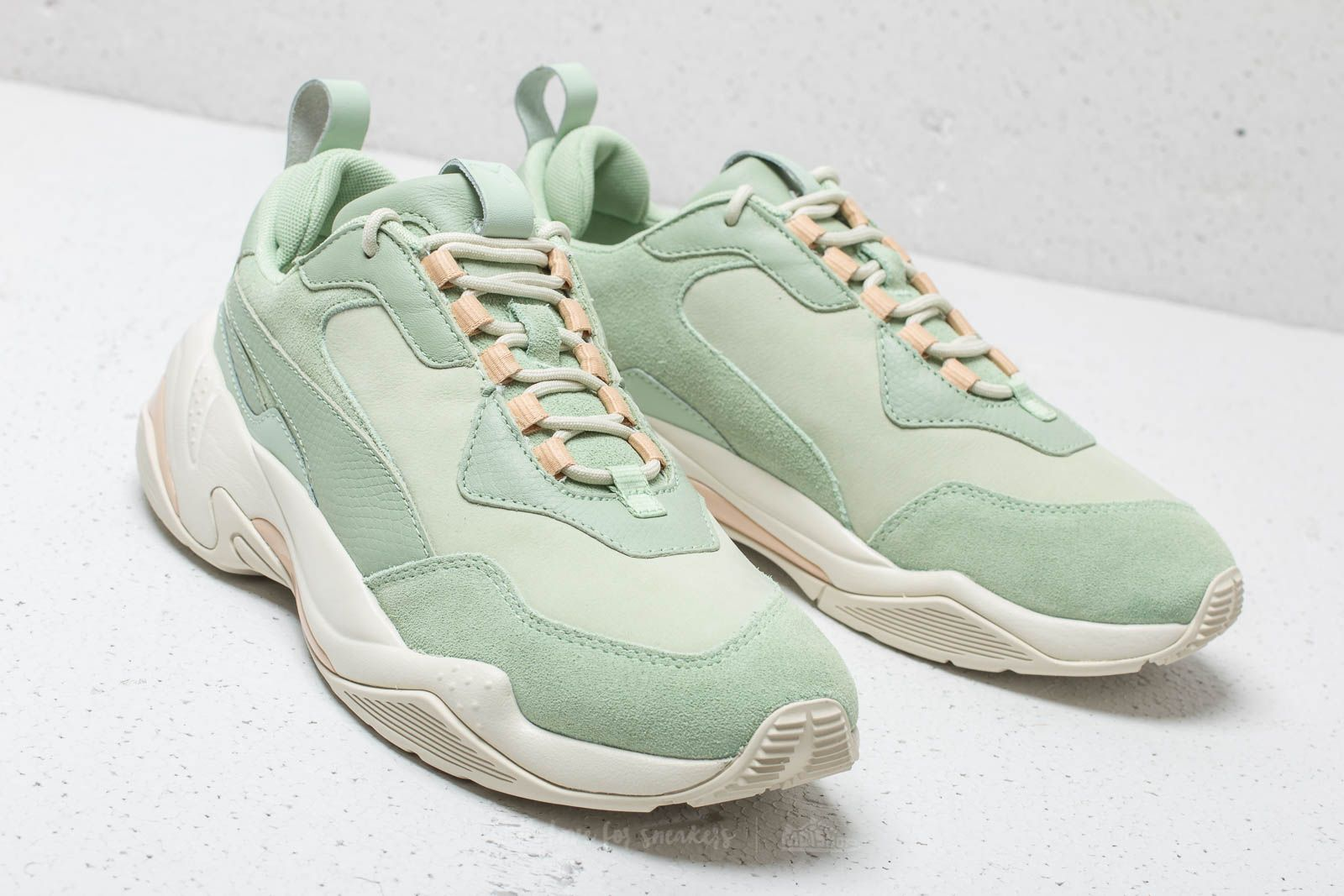 bcab0dd7f73 Puma Thunder Desert WMNS Smoke Green  Silver Green at a great price £111 buy