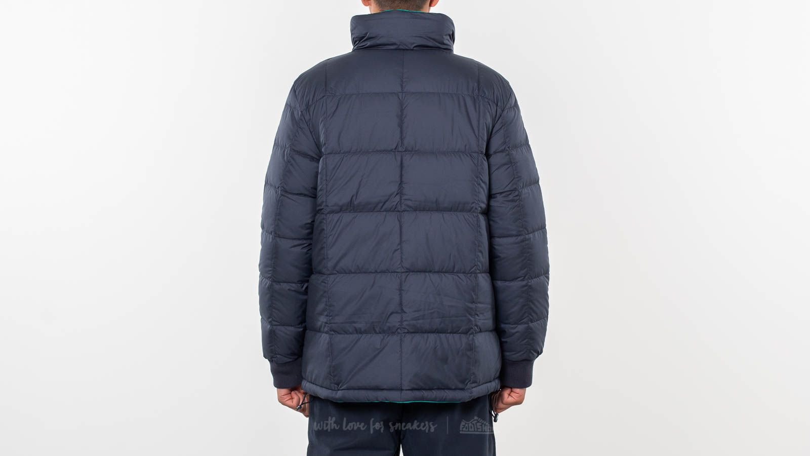 c8c0af53c318 adidas Originals Carnforth Reversible Puffer Jacket Night Navy  Aero Reef  at a great price £