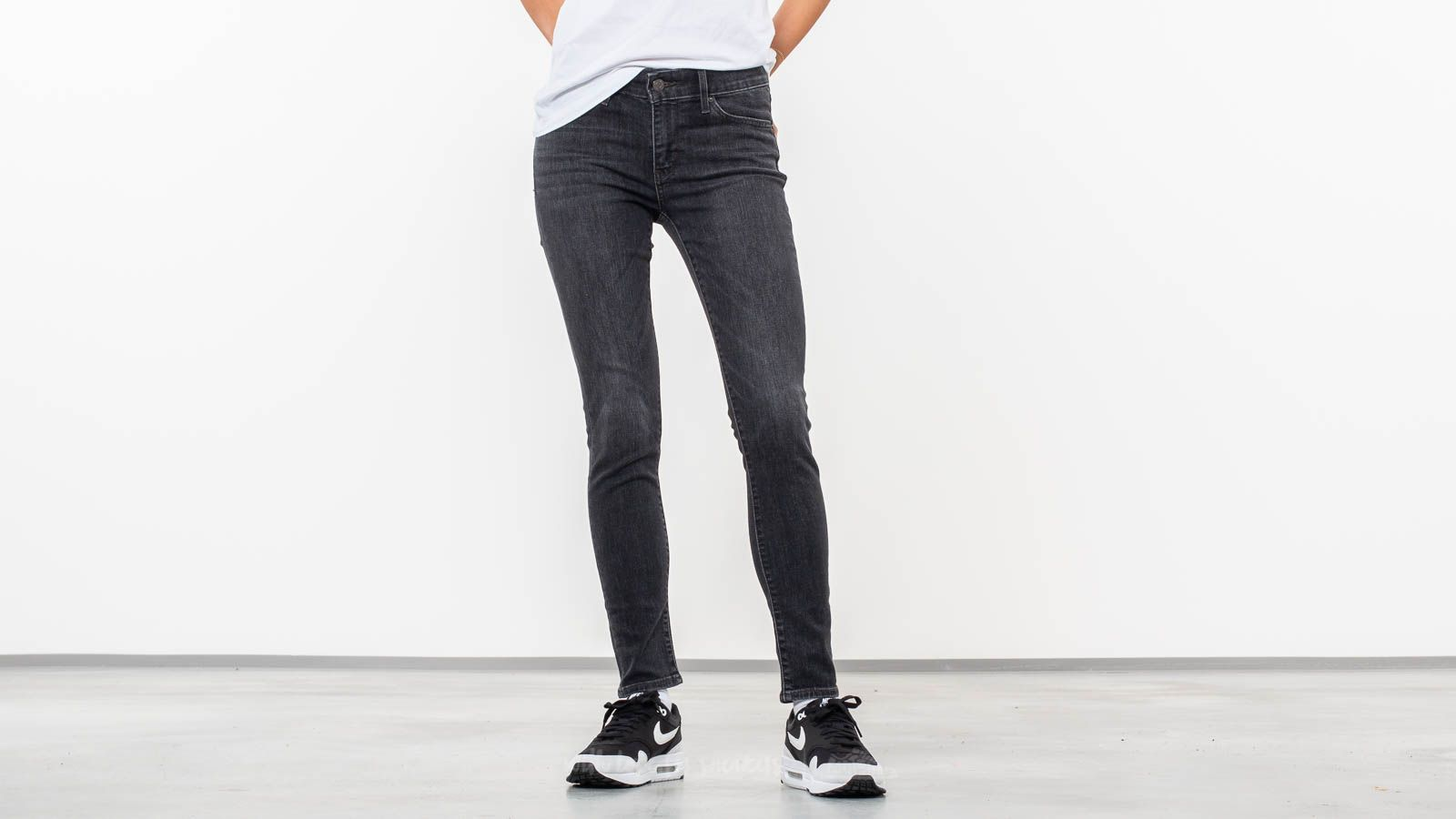 440fb2875511 Levi's® 711 Skinny Jeans Cassette Black at a great price 73 € bestell bei  Footshop