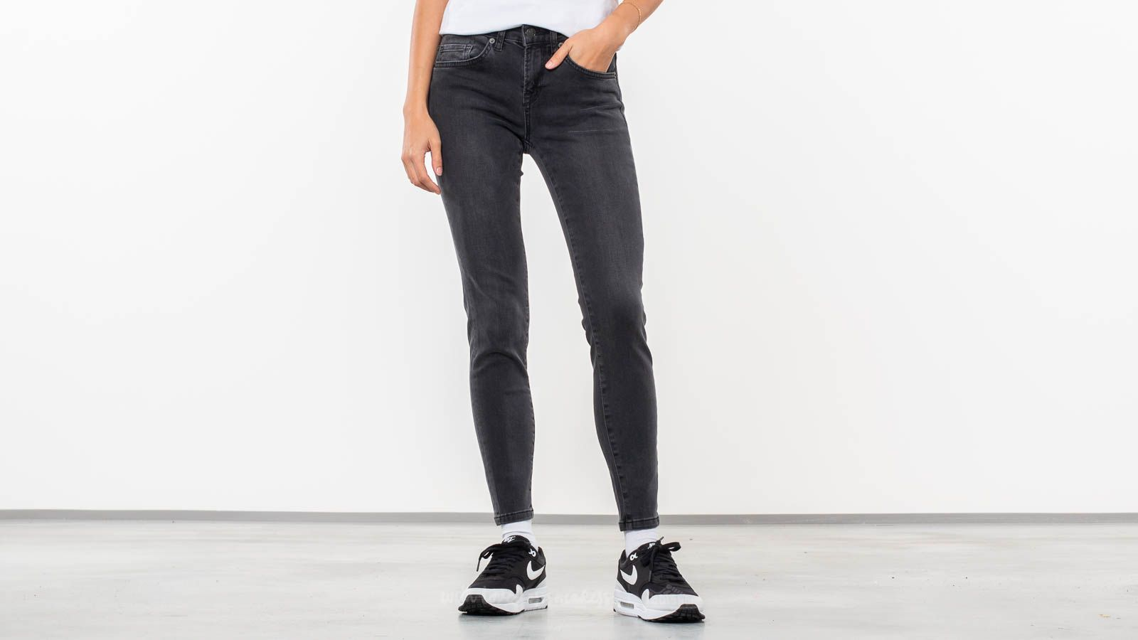 SELECTED Ida Cropped Jean