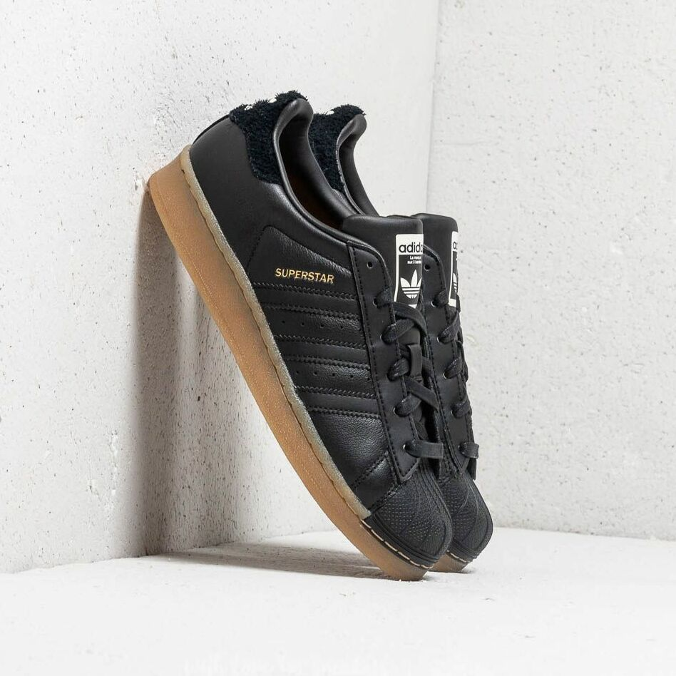 adidas Superstar W Core Black/ Core Black/ Gum4 EUR 40