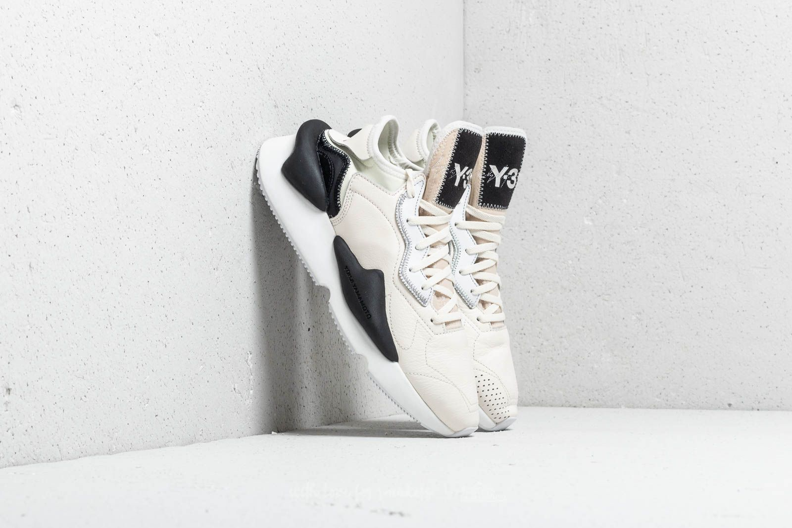 Y-3 Kaiwa Core White/ Ftw White/ Black za skvělou cenu 8 990 Kč koupíte na Footshop.cz