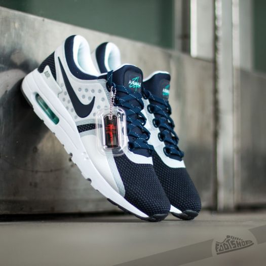 air max zero navy and white