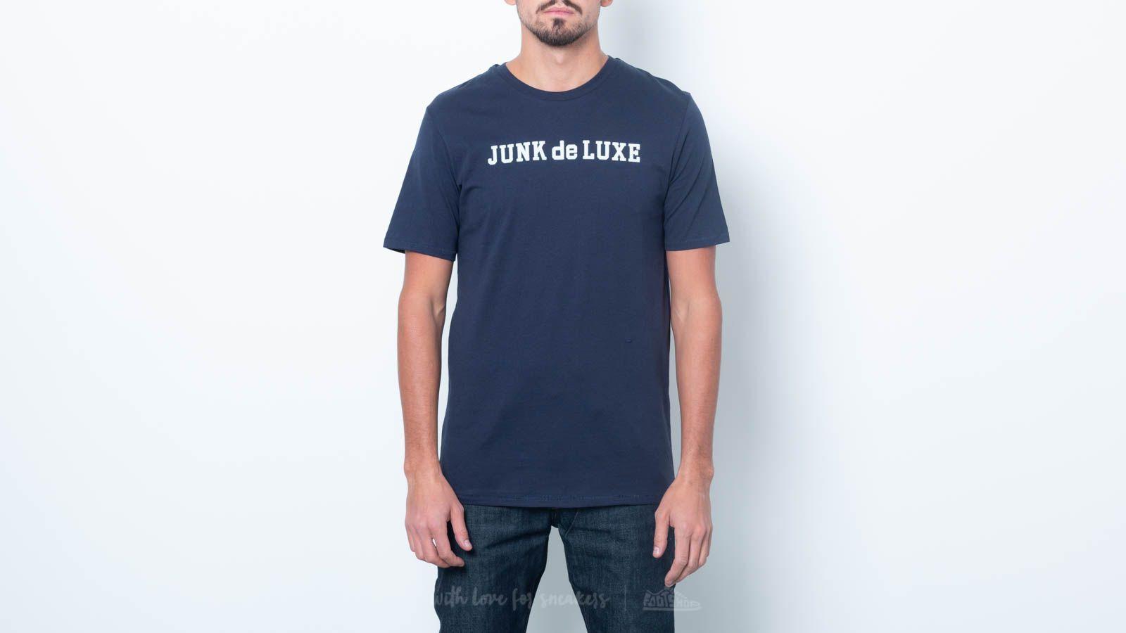 Junk de Luxe Jochem Tee Dark Blue za skvělou cenu 620 Kč koupíte na Footshop.cz